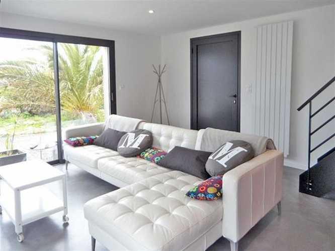 Maison neuve: plafonds décoratifs maison sur l''Ile Grande 75px0rapsejourcanapegrande